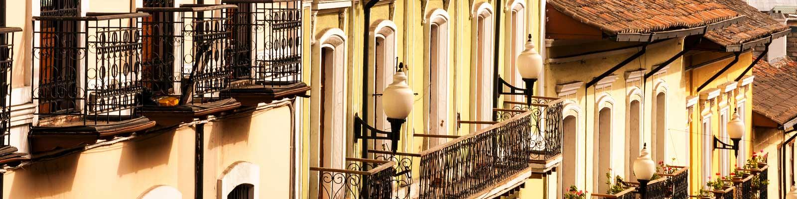 Ecuador Casas com Varanda Apartamentos, feriados, Luxo.