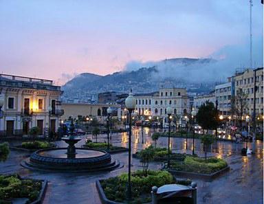 Quito Plaza